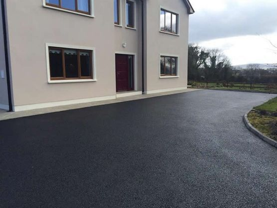 Tarmac sealing and restoration by CGM
